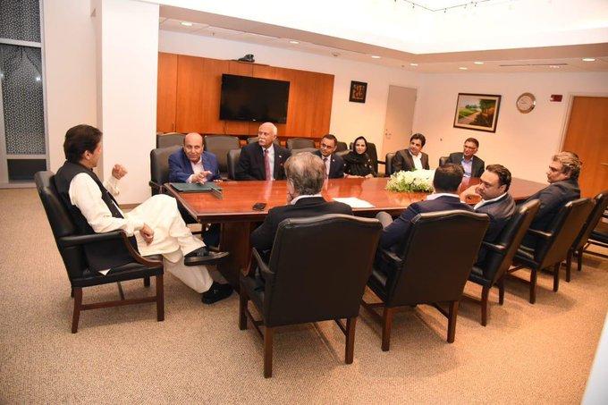 5d34170f76f8f - Imran Khan receives warm welcome at Washington D.C