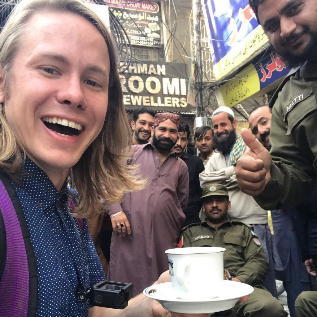 Alexander enjoying tea with Punjab Police Personnel DailyLife.PK  1024x1024 - American YouTuber Alexander sings Dil Dil Pakistan on 14 August
